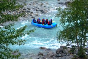 Rafters (not us) on the Kicking Horse River, BC