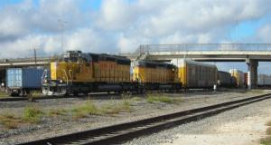 Union Pacific freight at Taylor,TX